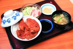 ドイツからやってきたウスターソースが日本のカツ丼を彩るソースカツ丼